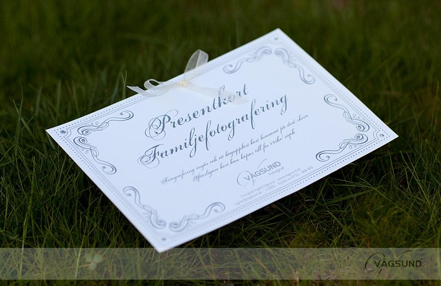 Presentkort, Barn present, Bröllopspresent, Gåva, Dop, Födelsedag, Bröllop. Fotograf Ingela Vågsund. Fotografering Stenungsund, Tjörn, Orust, Kungälv, Ljungskile, Göteborg