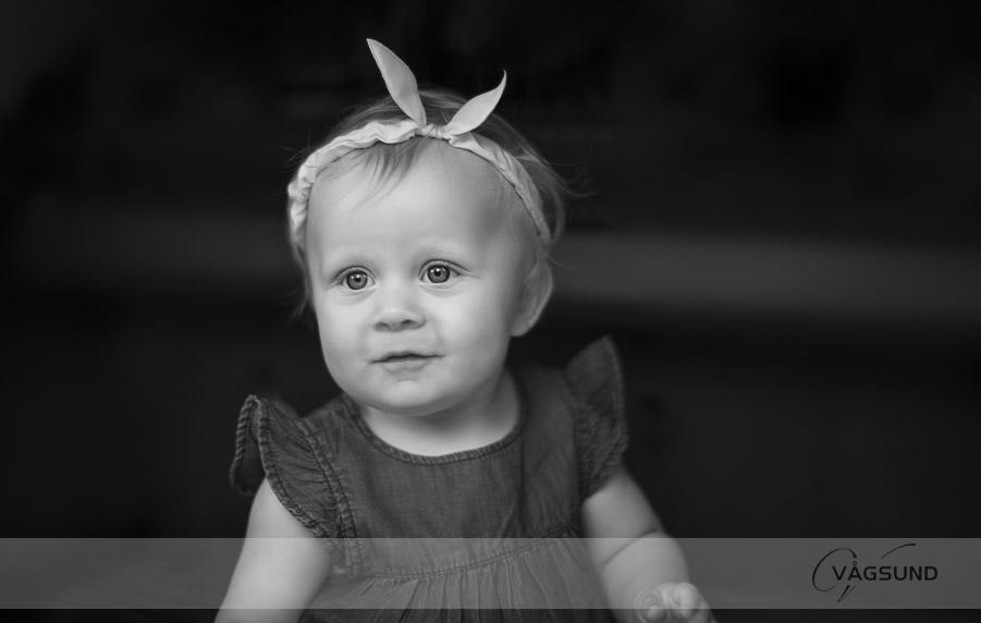 Baby, babyfotografering, porträttfotografering, barn, barnfotografering, Fotograf Ingela Vågsund från Stenungsund, Tjörn, Orust, Kungälv, Göteborg