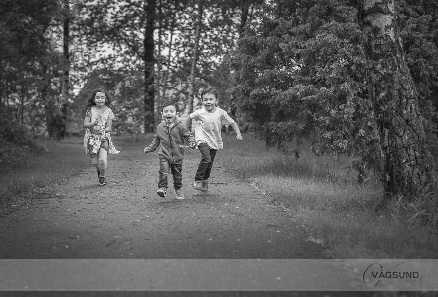 Syskonfotografering, porträttfotografering, barn, barnfotografering, Fotograf Ingela Vågsund från Stenungsund, Tjörn, Orust, Kungälv, Göteborg