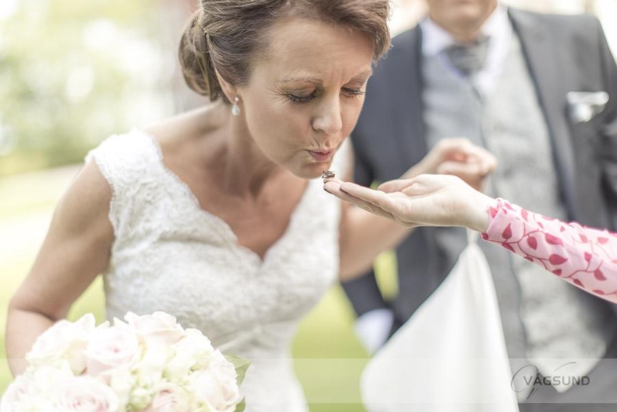 Bröllop Thorskogs Slott, Fotograf Ingela Vågsund från Stenungsund, Tjörn, Kungälv, Göteborg, Vigsel, Bröllopsfotografering